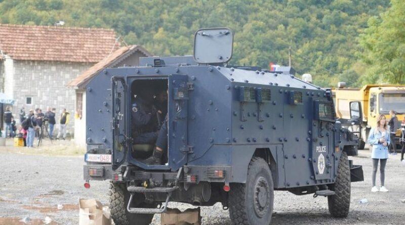 Tenzije na Kosovu i dalje rastu, Jarinje nadlijeću borbeni avioni, vojska Srbije u borbenoj pripravnosti